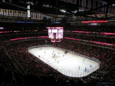 quality design b6deb 298b6 MADNESS ON MADISON – CHICAGO BLACKHAWKS REMODEL TEAM STORE ...